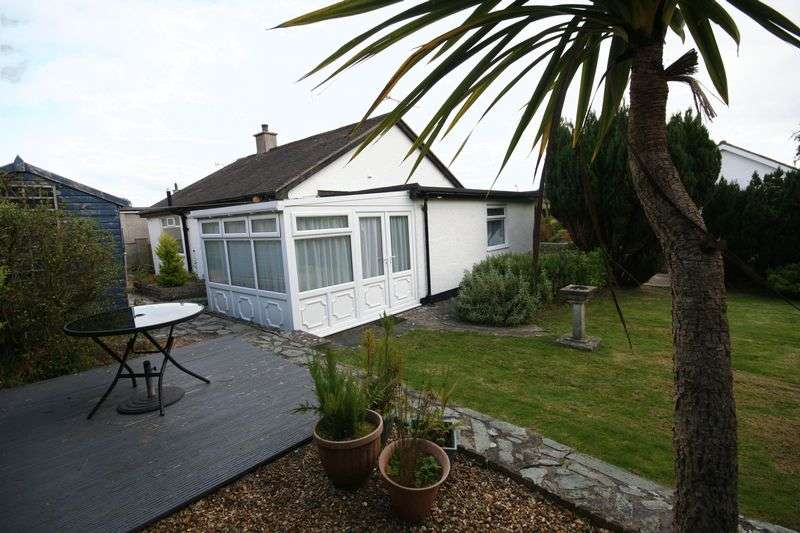 3 Bedrooms Detached Bungalow for sale in Benllech, Anglesey