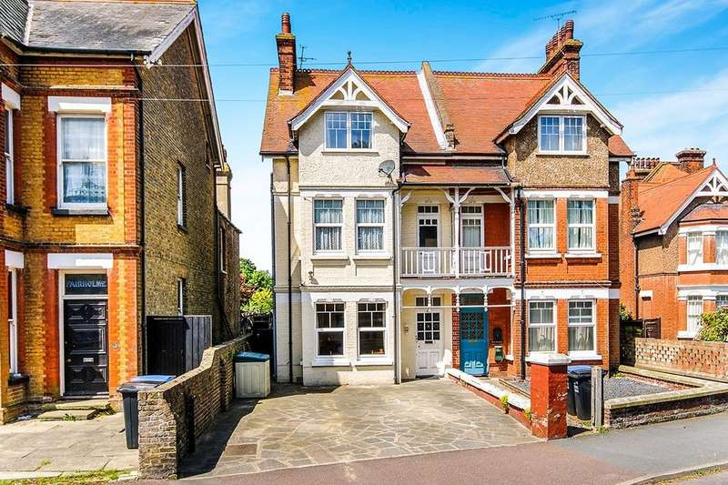5 Bedrooms Semi Detached House for sale in Gladstone Road, Broadstairs, CT10