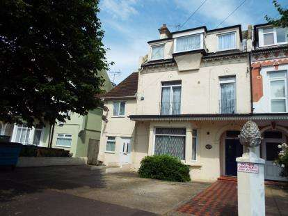 10 Bedrooms Semi Detached House for sale in Clacton On Sea, Essex