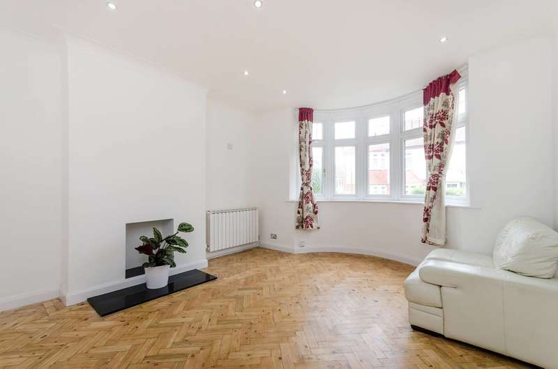 3 Bedrooms House for sale in Hillworth Road, Tulse Hill, SW2