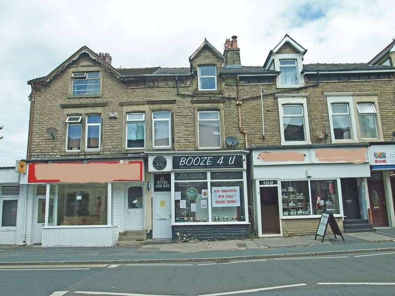 2 Bedrooms Flat for sale in Lancaster Road, Morecambe