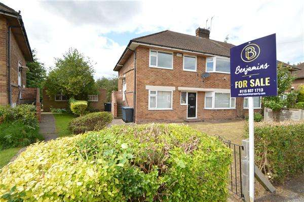 2 Bedrooms Flat for sale in Ling Crescent, Nottingham