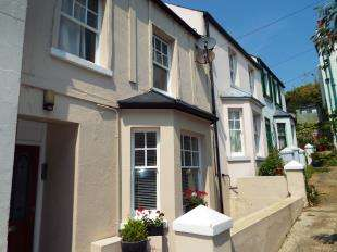 1 Bedroom Flat for sale in Sea View Terrace, Wellington Place, Sandgate, Folkestone