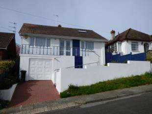 4 Bedrooms Bungalow for sale in Chorley Avenue, Saltdean, Brighton, East Sussex