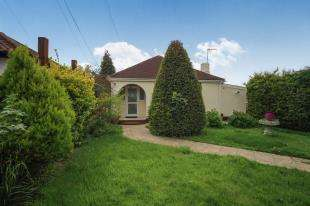 3 Bedrooms Bungalow for sale in The Glade, Shirley, Croydon, Surrey