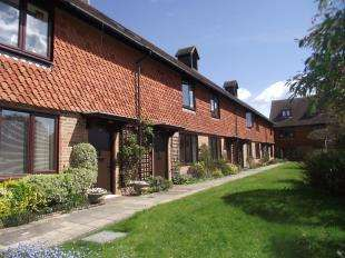 2 Bedrooms Retirement Property for sale in Crittles Court, Townlands Road, Wadhurst, East Sussex