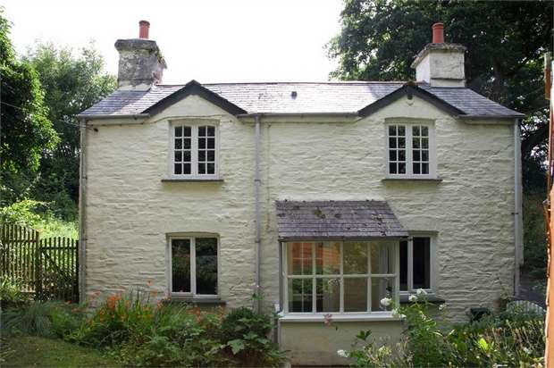 3 Bedrooms Detached House for sale in Tregada, Launceston, Cornwall