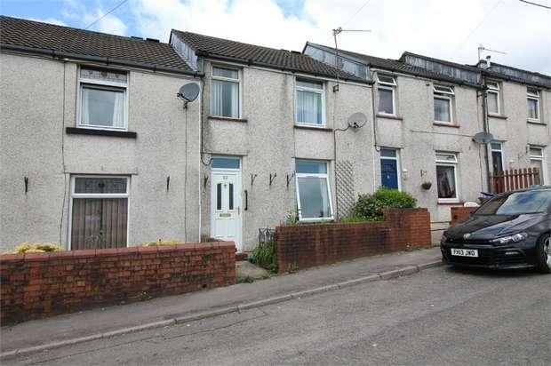 3 Bedrooms Terraced House for sale in Oakdale Place, Pontnewynydd, Pontypool