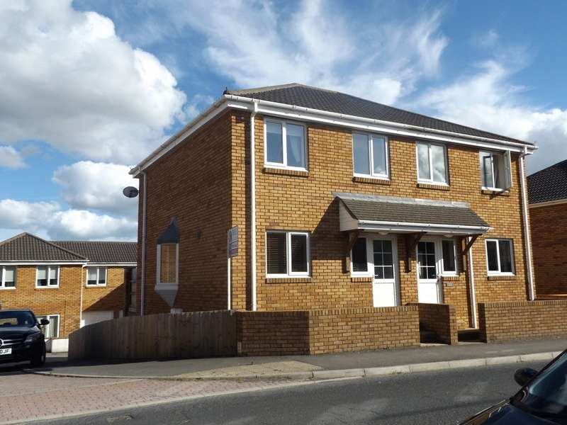 3 Bedrooms Semi Detached House for sale in Voisey Close, Chudleigh Knighton, Newton Abbot