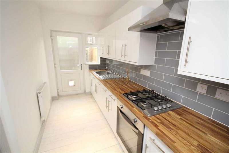 2 Bedrooms Property for sale in Ferndale Road, Ferndale, Swindon