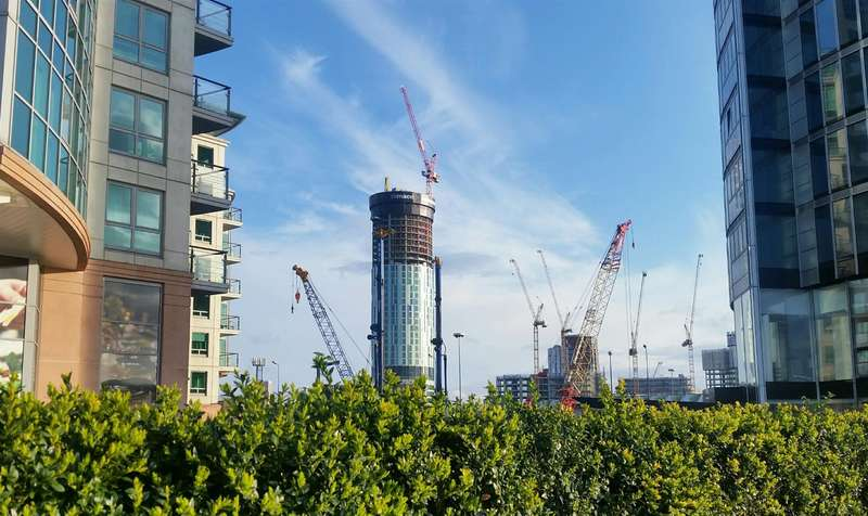 2 Bedrooms Flat for sale in SkyGardens, 143-161 Wandsworth Road, Vauxhall, London SW8