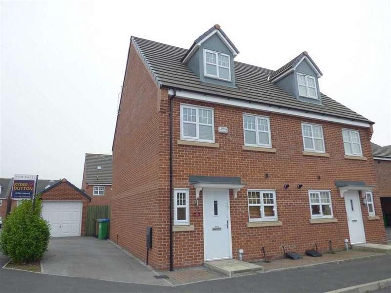 4 Bedrooms Property for sale in Coppy Bridge Drive, Rochdale, Lancashire, OL16