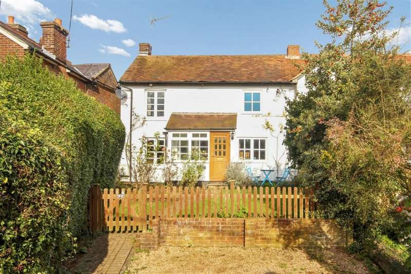4 Bedrooms Semi Detached House for sale in Wigginton, NR TRING, Herts, HP23 6HN