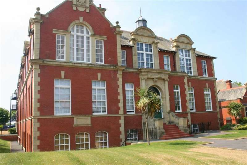 2 Bedrooms Property for sale in Clifton Drive South, St Annes, St Annes