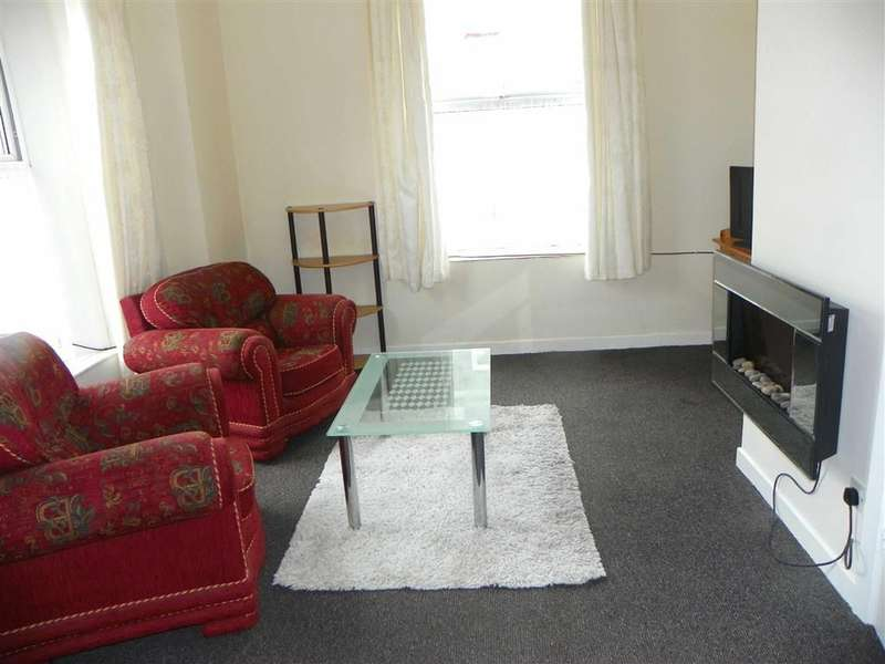 2 Bedrooms Flat for sale in Laws Street, Pembroke Dock