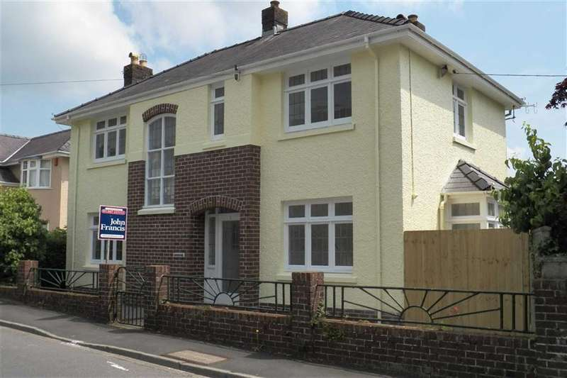 4 Bedrooms Property for sale in Wellfield Road, CARMARTHEN