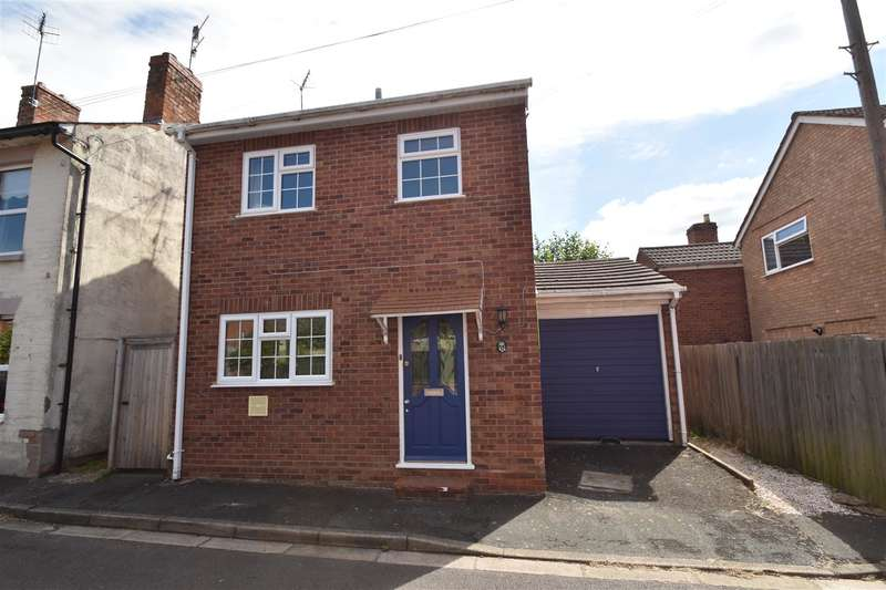 3 Bedrooms Property for sale in Middle Road, Worcester