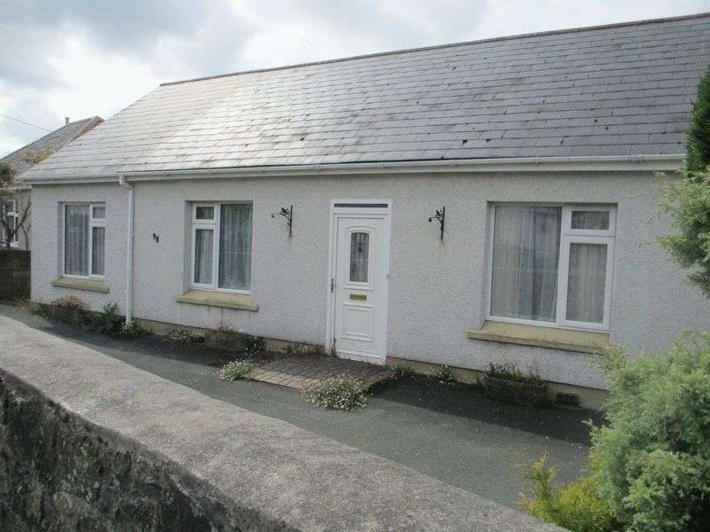 3 Bedrooms Detached Bungalow for sale in Phernyssick Road, St. Austell