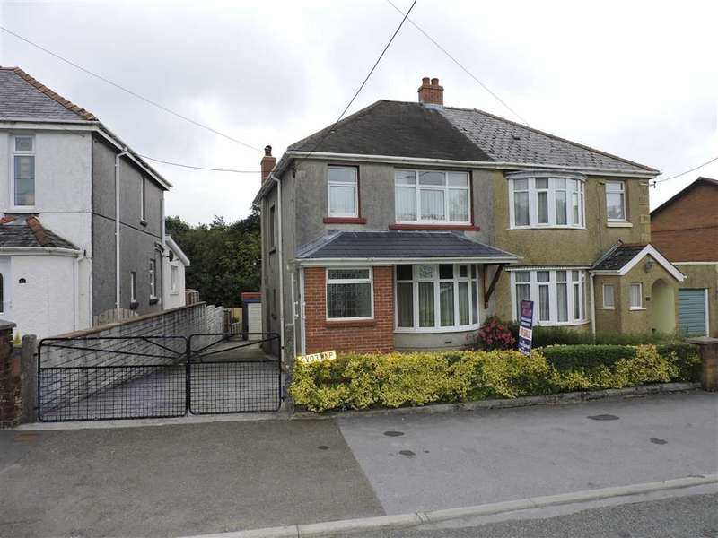 3 Bedrooms Property for sale in Gate Road, Penygroes