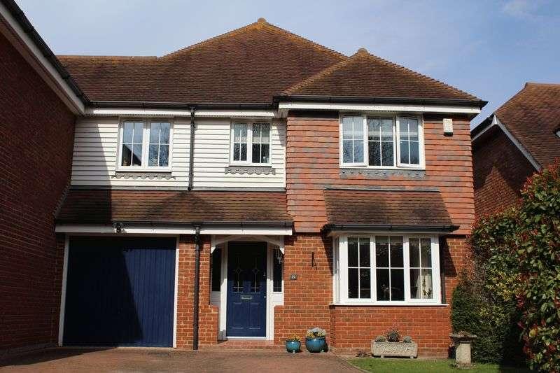 4 Bedrooms Semi Detached House for sale in Hunter Seal, Tonbridge