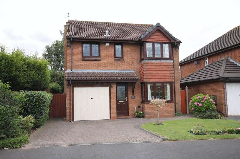 4 Bedrooms Detached House for sale in Eggington Drive, Penkridge