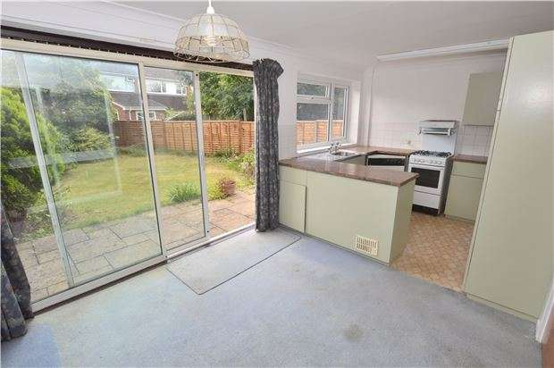 3 Bedrooms Semi Detached House for sale in Greatfield Lane, Up Hatherley, CHELTENHAM, GL51 3QU