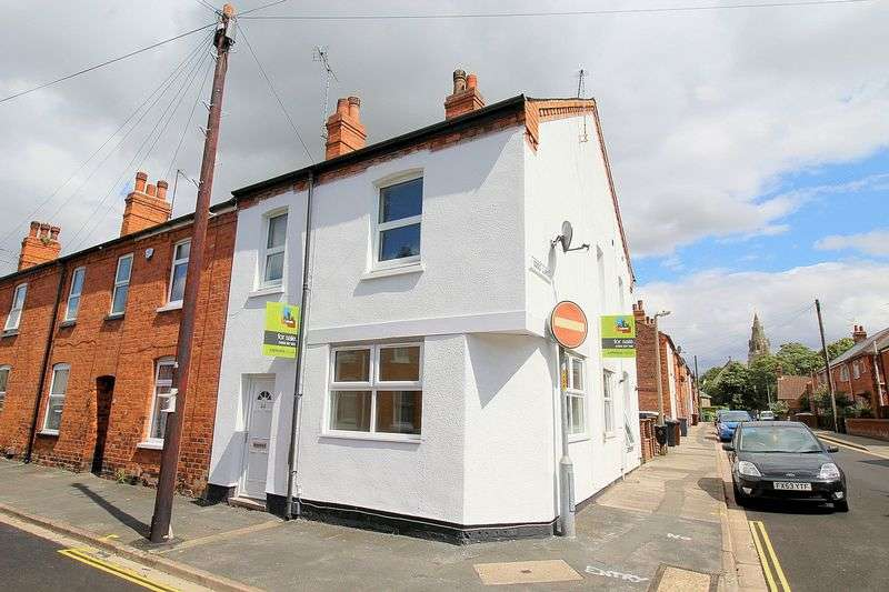 2 Bedrooms Terraced House for sale in St. Nicholas Street, Uphill, Lincoln, LN1 3EQ