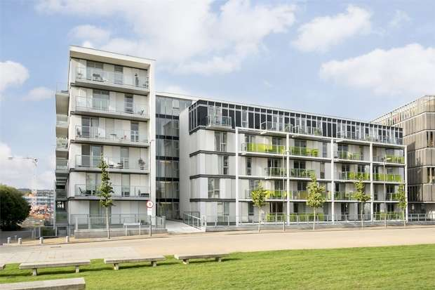 Flat for sale in Emerson Apartments, New River Village, Hornsey, N8