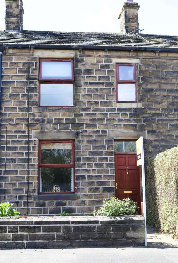 3 Bedrooms Terraced House for sale in Lees Hall Road, Dewsbury
