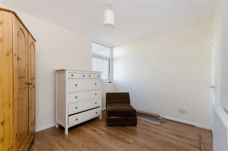 4 Bedrooms Terraced House for sale in Coburg Crescent, Streatham Hill, SW2