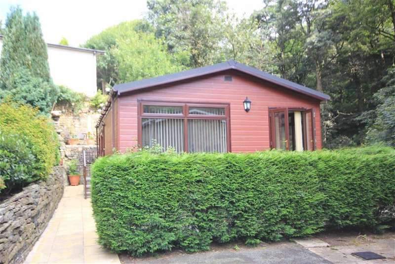 2 Bedrooms Bungalow for sale in Gelder Clough, Ashworth Road, Heywood