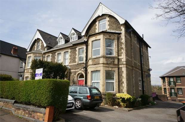 1 Bedroom Flat for sale in 7 Caerau Crescent, NEWPORT