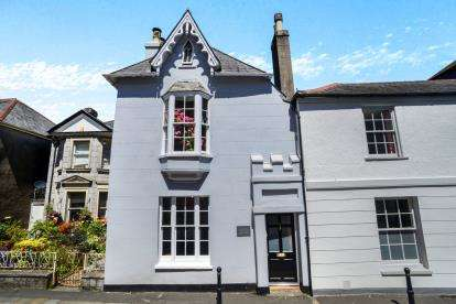 3 Bedrooms Terraced House for sale in Totnes