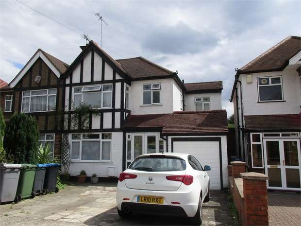 4 Bedrooms Semi Detached House for sale in Allonby Gardens, WEMBLEY