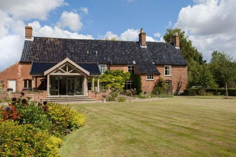 5 Bedrooms Detached House for sale in Foulsham, Norfolk