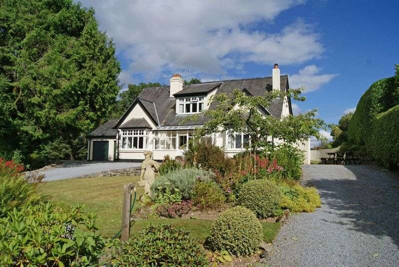 3 Bedrooms Detached House for sale in Large house with plenty of reception space in a wonderful semi-rural plot on the edge of Chagford