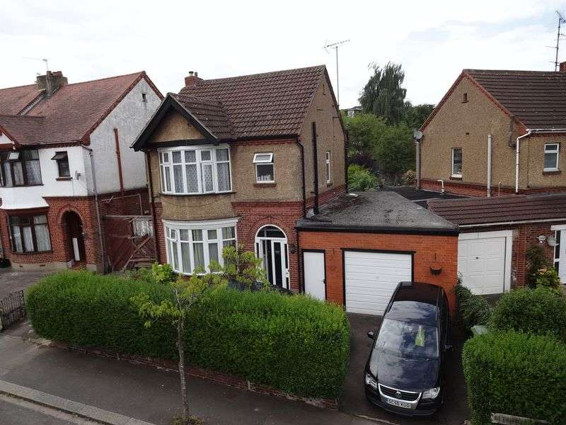 3 Bedrooms Detached House for sale in Blenheim Crescent, Luton