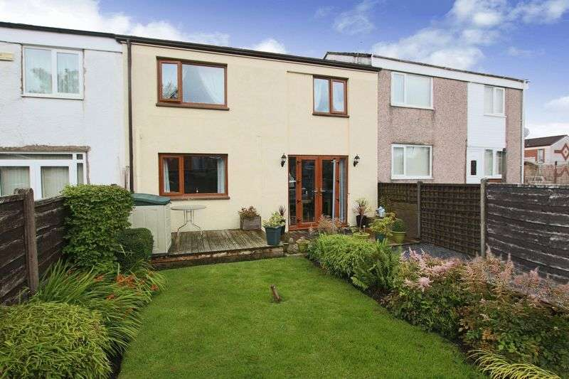 3 Bedrooms Terraced House for sale in The Heath, Alkrington, Middleton, Manchester M24 1TE