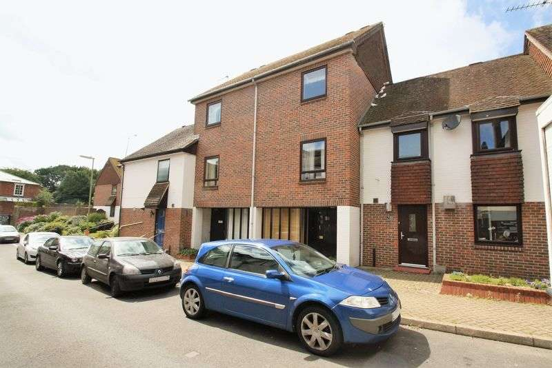 3 Bedrooms House for sale in Town Centre, Bishops Waltham