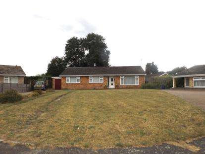 3 Bedrooms Bungalow for sale in Thetford, Norfolk