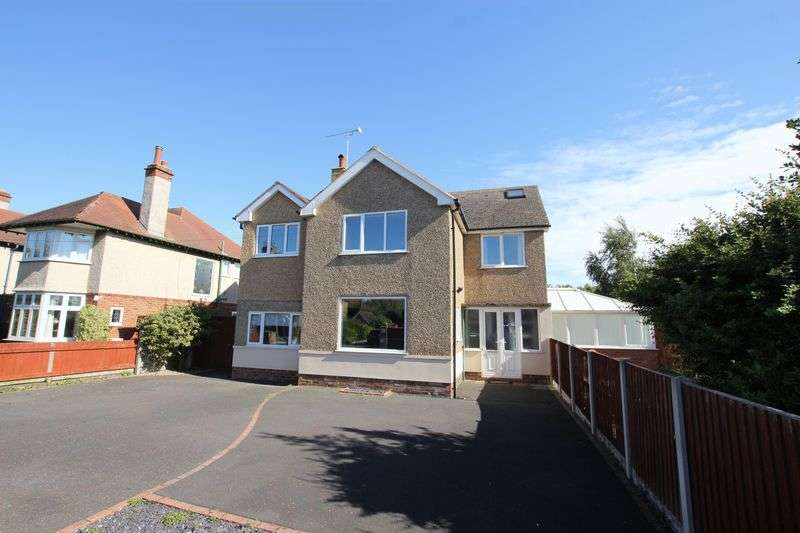 4 Bedrooms Detached House for sale in Queens Avenue, Meols, Wirral