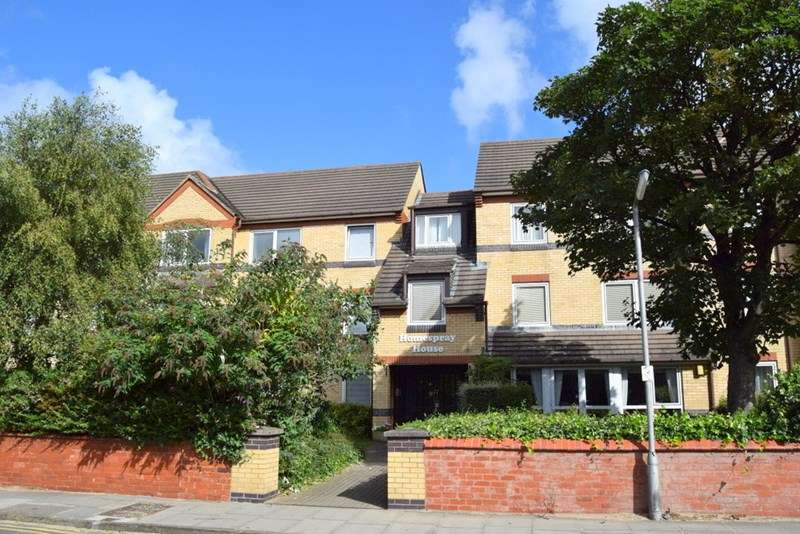 1 Bedroom Retirement Property for sale in Homespray House, West Kirby, CH48 4JG