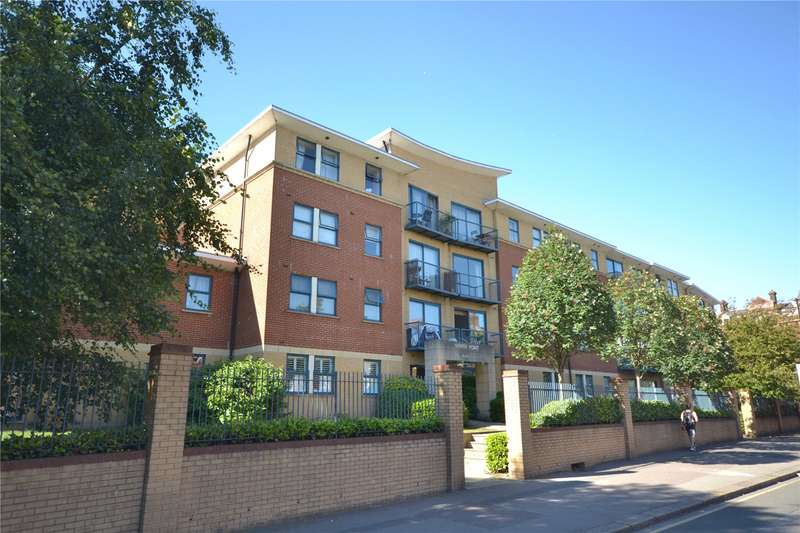 2 Bedrooms Apartment Flat for sale in Tottenham Lane, Crouch End, London, N8