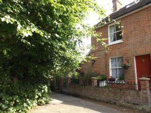 3 Bedrooms Semi Detached House for sale in Spring Cottage, The Tanyard, Cranbrook, Kent