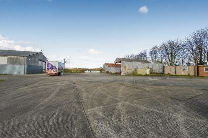 3 Bedrooms Light Industrial Commercial for sale in Keldspring Lane, Barmby Moor, York, East Riding Yorkshire