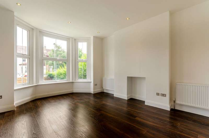 2 Bedrooms Flat for sale in Marlow Road, Anerley, SE20
