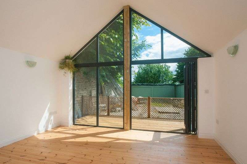 1 Bedroom Property for sale in The Coach House, Batheaston