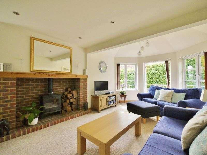 4 Bedrooms Detached Bungalow for sale in Back Lane, Horsmonden