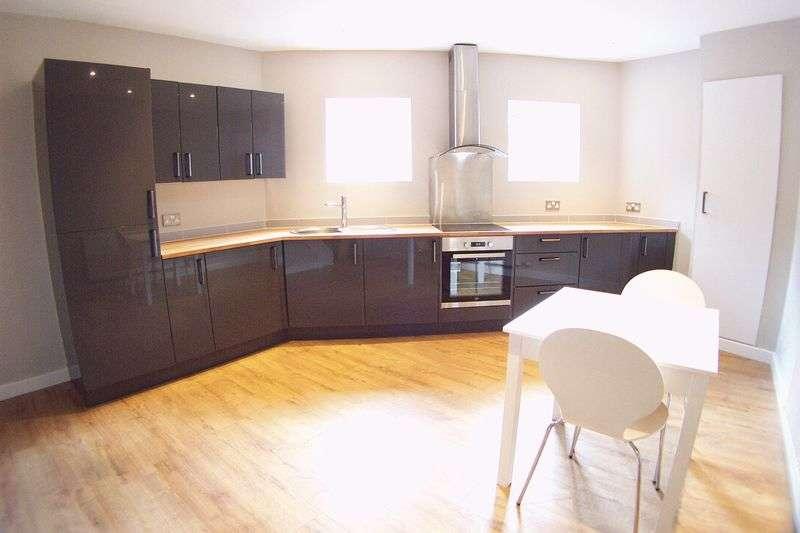 2 Bedrooms Terraced House for sale in Highbury Street, Leeds
