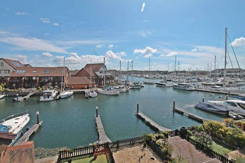 4 Bedrooms Terraced House for sale in Sennen Place, Port Solent